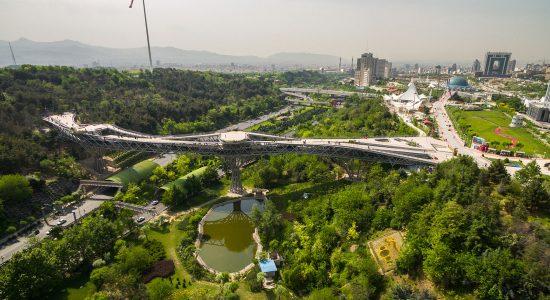 چشم اندازهای اطراف پل طبیعت تهران
