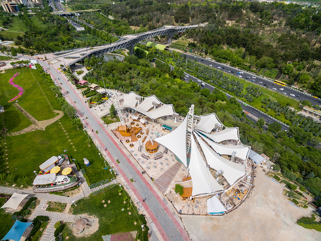 مجموعه های اطراف پل طبیعت تهران